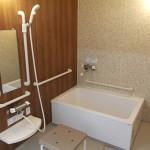 暖房付き共有浴室